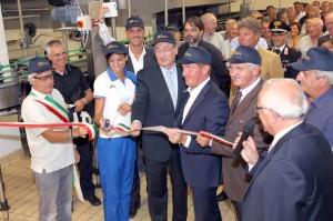Inaugurazione-nuova-linea-imbottigliamento-Vini-La-Delizia