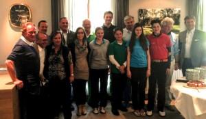 Patrizia Iacovetti dell'hotel President Lignano con tutti i vincitori e i premiati al Golf Club di Salzburg