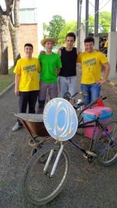 Studenti in sella_side car-riola