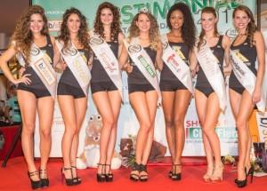 Le finaliste del 2014 con al centro Valentina Corrubolo