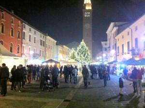 piazza San Vito notte