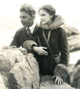 Collins con la moglie