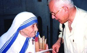 Daniele Sipione con Madre Teresa di Calcutta